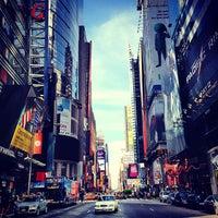 Das Foto wurde bei Times Square von Jeremy C. am 6/23/2013 aufgenommen