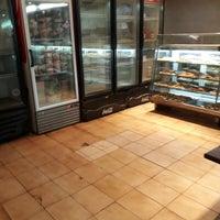 12/4/2017에 Davide C.님이 Panadería Río de Oro에서 찍은 사진