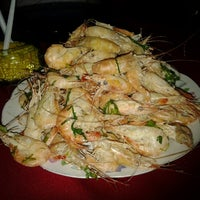 Photo taken at Restaurante Oasis - Fazendinha by Delcyanne C. on 1/12/2013