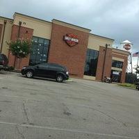 Photo taken at Southern Thunder Harley-Davidson by Prof P. on 8/10/2013