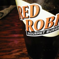 Photo taken at Red Robin Gourmet Burgers by Callie B. on 12/1/2012