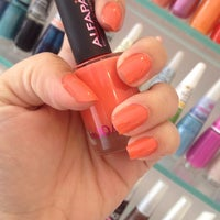 Photo taken at Pink Nail Bar & Beauty by Alyne on 9/24/2014