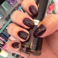Photo taken at Pink Nail Bar & Beauty by Alyne on 9/17/2014