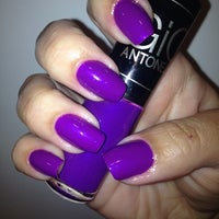 Photo taken at Pink Nail Bar & Beauty by Alyne on 10/15/2014