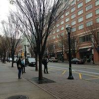 4/5/2013에 Andres C.님이 Technology Square에서 찍은 사진