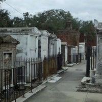 Снимок сделан в St. Louis Cemetery No. 1 пользователем David P. 10/1/2012
