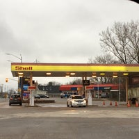 Photo taken at Shell by Yvon D. on 4/21/2017