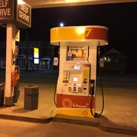 Photo taken at Shell by Yvon D. on 5/11/2017