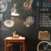 Photo taken at DUCKdeli by Tịt on 11/29/2016