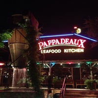 Photo taken at Pappadeaux Seafood Kitchen by Svetlana on 9/13/2013