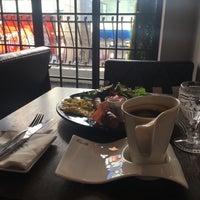 Photo taken at Cafe Kinnor by Ekaterina I. on 2/10/2016