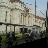 Photo taken at Museum Bank Indonesia by Aliy N. on 11/1/2012