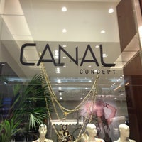 Photo taken at Canal Concept by Simone on 9/19/2013