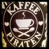 Das Foto wurde bei Kaffeepiraten von Philipp S. am 11/9/2013 aufgenommen