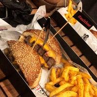Photo prise au Nusr-Et Burger par Büşra K. le5/2/2018