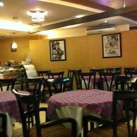 Photo taken at Bella Italia, Dhanmondi by Dipu on 10/4/2012