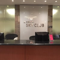 Photo taken at Delta Sky Club by Cycling P. on 10/29/2015