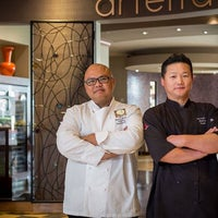 Photo prise au Arterra Restaurant and Lounge par Arterra Restaurant and Lounge le9/14/2017