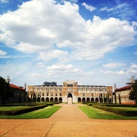 Photo taken at Rice University by Yuan-Fu on 7/1/2013