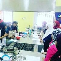 Photo taken at meeting room, kolej komuniti pasir gudang by Mohamad Ali T. on 10/26/2016