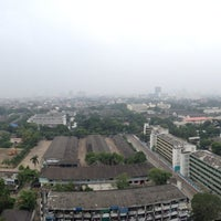 Photo taken at กรมทหารม้าที่ 1 รักษาพระองค์ by Phawin on 10/6/2013