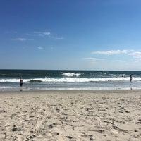 Photo taken at Rockaway Beach by Melissa R. on 7/10/2017