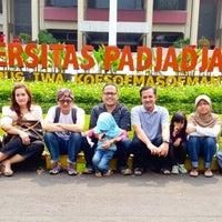 Photo taken at Fakultas Ekonomi dan Bisnis by Cahyo S. on 9/20/2014