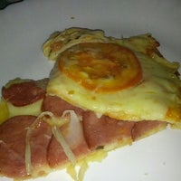 Photo taken at Restaurante e Pizzaria da Mama by Lisia N. on 11/4/2012