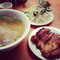 Photo taken at Phở Phú Quốc Vietnamese by Bonnie on 3/28/2013