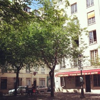Photo taken at Place du Marché Sainte-Catherine by R A. on 5/1/2013