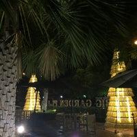 Photo taken at Big Garden Restaurant by Tharathip K. on 4/14/2017