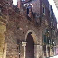 Foto scattata a Casa di Romeo da EleonoraB.K. il 5/19/2013