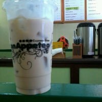 Photo taken at Bon AppeTEA - Salinas by Raymond P. on 1/20/2013
