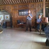 """Photo taken at Pondok Pemancingan """"SEKAR KUSUMA"""" by Agus S. on 10/5/2013"""