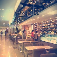 Photo taken at Paris Baguette by Alice O. on 1/8/2013