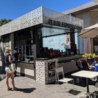 9/18/2018 tarihinde Alice O.ziyaretçi tarafından Elixir Espresso Bar'de çekilen fotoğraf