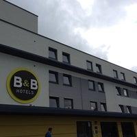 Das Foto wurde bei B&B Hotel Frankfurt-Nord von Ekk J. am 6/11/2014 aufgenommen