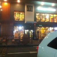 11/27/2012 tarihinde Polonskaya J.ziyaretçi tarafından McDonald's'de çekilen fotoğraf