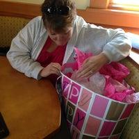 Photo taken at Olive Garden by Tyson Man on 11/21/2012