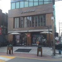 Photo taken at Caffé bene by flyme2themoon on 3/14/2014