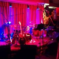 Foto tomada en Boogaloo Café por Luis Alberto P. el 3/28/2014