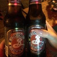Foto tirada no(a) Brooklyn & Brewery por Giovanna F. em 1/7/2018