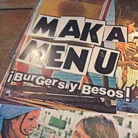 5/28/2014にGonzalo P.がMakamaka Beach Burger Caféで撮った写真