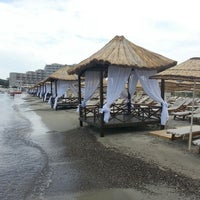 Das Foto wurde bei Alaçatı Beach Resort von Okan Y. am 6/13/2013 aufgenommen