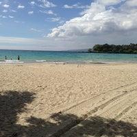 Das Foto wurde bei Mauna Kea Beach von Ken T. am 5/10/2013 aufgenommen