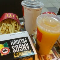 Photo taken at McDonald's by Bibiana A. on 11/9/2012