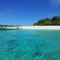 Photo taken at Pulau Lihaga (Lihaga Island) by Grivy I. on 6/30/2017