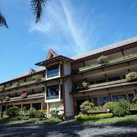 Photo taken at Kusuma Agrowisata Resort & Convention Hotel by Grivy .. on 12/30/2016