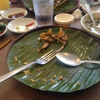 Photo taken at Inasal Chicken Bacolod by Maddox H. on 6/26/2015