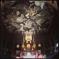 Photo taken at Kennin-ji Temple by 北川 賢. on 3/26/2013